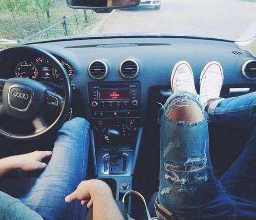 couple voiture swag